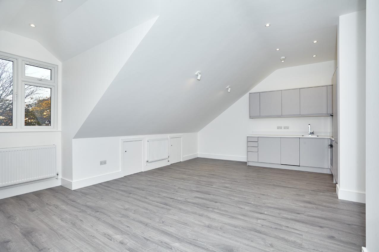 1 Bedroom Flat for sale in Park Road, EN4
